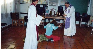 Resultado de imagen para exorcismo fuerza descomunal
